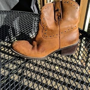 Cute little western style booties from Born